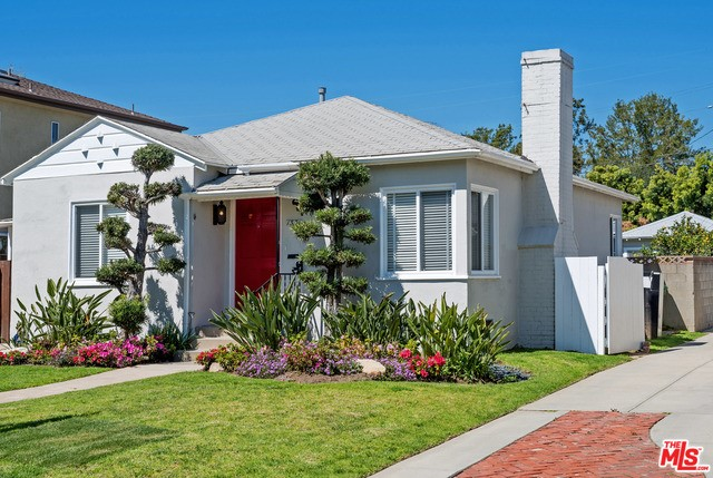 Single Family Home for Rent at 1331 Pearl Street Santa Monica, California 90405 United States