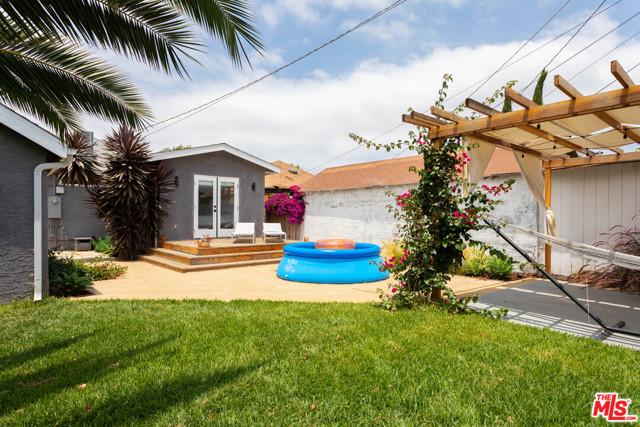 5438 5TH Los Angeles CA 90043