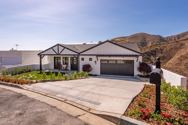Detail Gallery Image 1 of 1 For 487 Lincoln Dr, Ventura,  CA 93001 - 3 Beds   2/1 Baths