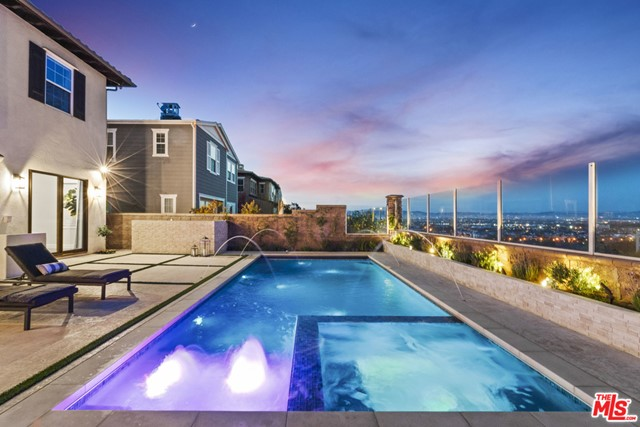 7351 Coastal View Los Angeles CA 90045