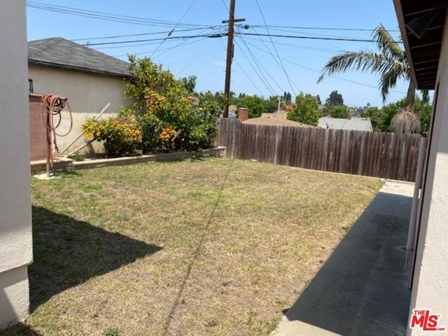5918 S La Cienega Blvd, Los Angeles, CA 90056 photo 11