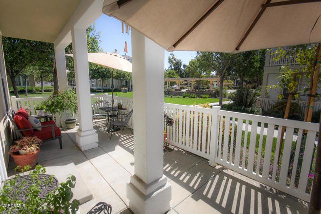 5570 Coltrane Street, Ventura CA: http://media.crmls.org/mediaz/446F97BF-824D-4911-9CA8-AAD64C5B23A7.jpg