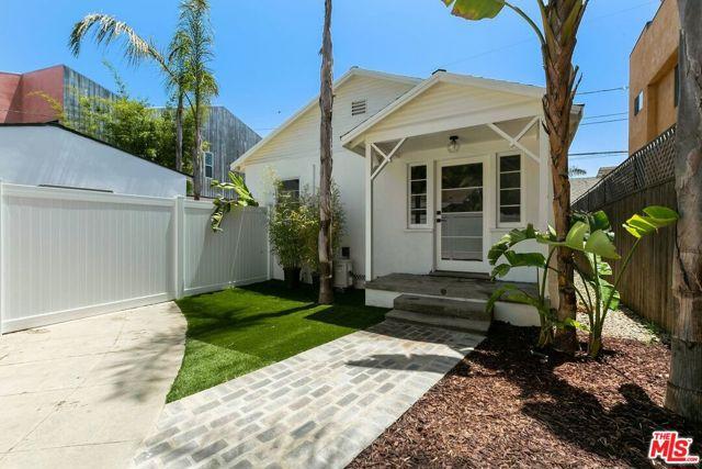 1034 Bay St B, Santa Monica, CA 90405