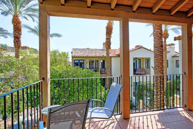 48568 Legacy, La Quinta CA: http://media.crmls.org/mediaz/44EC949C-84D8-4596-BB2D-ED9C0A1122E5.jpg