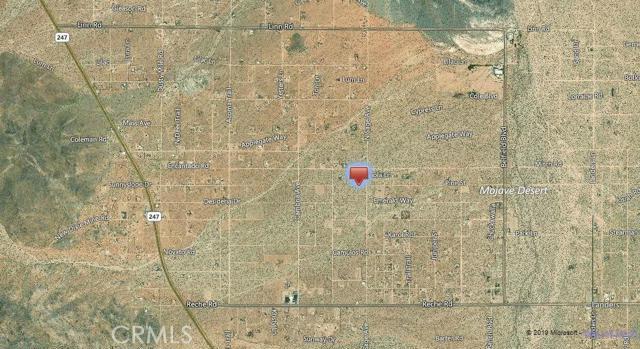 56850 Castillo Road, Landers CA: http://media.crmls.org/mediaz/44FB5735-E650-4FE1-88B6-71C722D78EF3.jpg