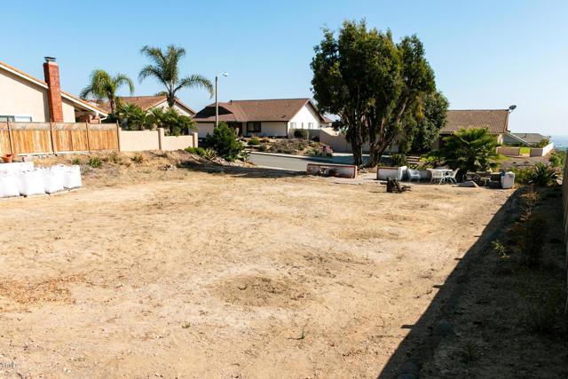 894 High Point Drive, Ventura CA: http://media.crmls.org/mediaz/45670C8E-ABED-4762-A9A2-70505E744063.jpg