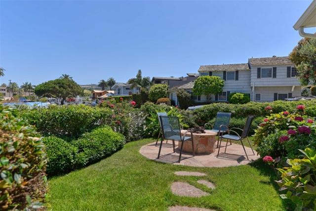 7865 El Paseo Grande, La Jolla CA: http://media.crmls.org/mediaz/45686AE5-3679-4DE3-A920-82FEC52458C4.jpg