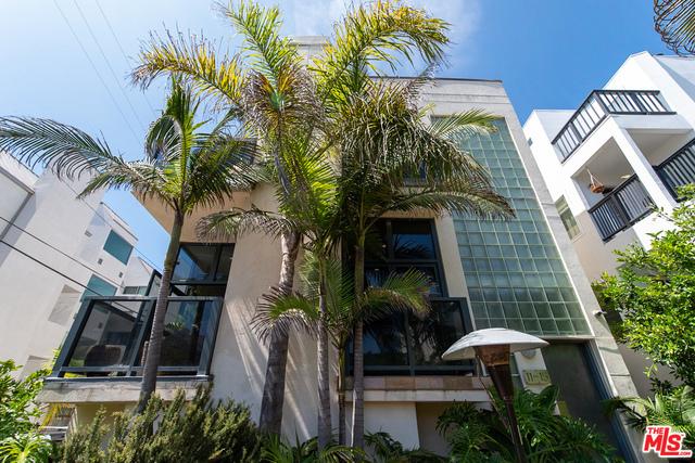 11 VOYAGE St, Marina del Rey, CA 90292