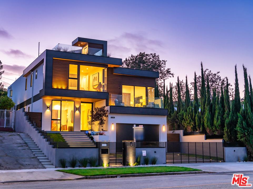3029 CASTLE HEIGHTS Avenue #  Los Angeles CA 90034
