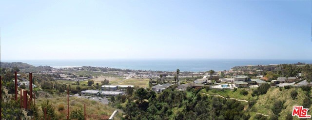 3338 Malibu Canyon Road, Malibu CA: http://media.crmls.org/mediaz/471F06B8-2DFA-433E-8988-B9080FA4CE55.jpg