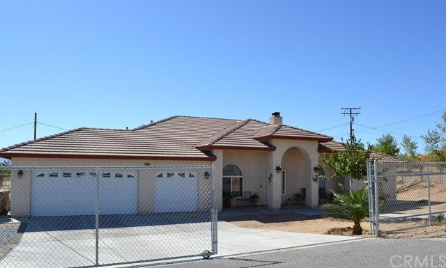 17569 Sequoia Street Hesperia CA 92345
