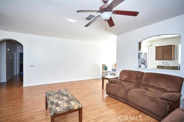 12627 Madrona Street, Victorville CA: http://media.crmls.org/mediaz/47AF518B-9891-4B5D-8644-34E5267FCD50.jpg