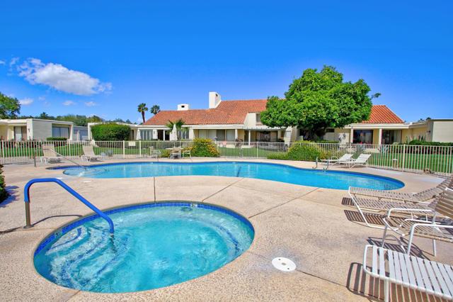 34800 Mission Hills Drive, Rancho Mirage CA: http://media.crmls.org/mediaz/47F05D0B-F1E3-492A-B3F1-50432DD36888.jpg