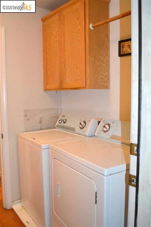 1124 Mulberry PL, Brentwood CA: http://media.crmls.org/mediaz/49126A3A-5658-423B-ACA4-7904F00284F7.jpg