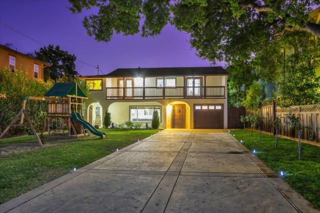 15631 Loma Vista Avenue, Los Gatos CA: http://media.crmls.org/mediaz/4A1D08D5-35D3-41E8-8879-87F9E7521DD1.jpg