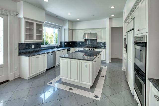 2523 Montecito Avenue, Westlake Village CA: http://media.crmls.org/mediaz/4A261805-4DE8-4BD1-B7EB-7806E617BBF7.jpg
