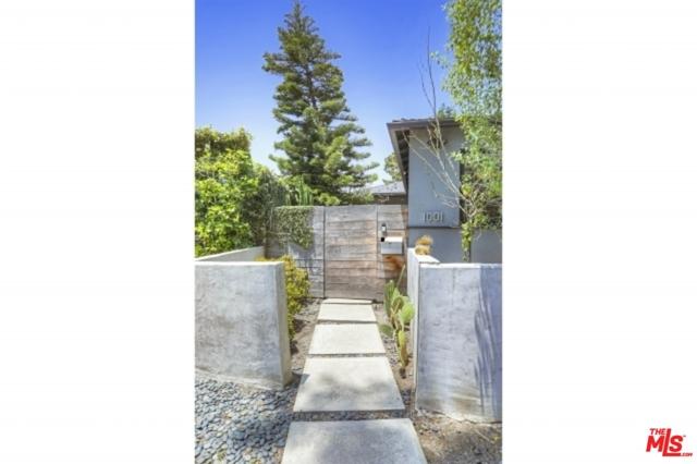 1001 Vernon Ave, Venice, CA 90291 photo 2