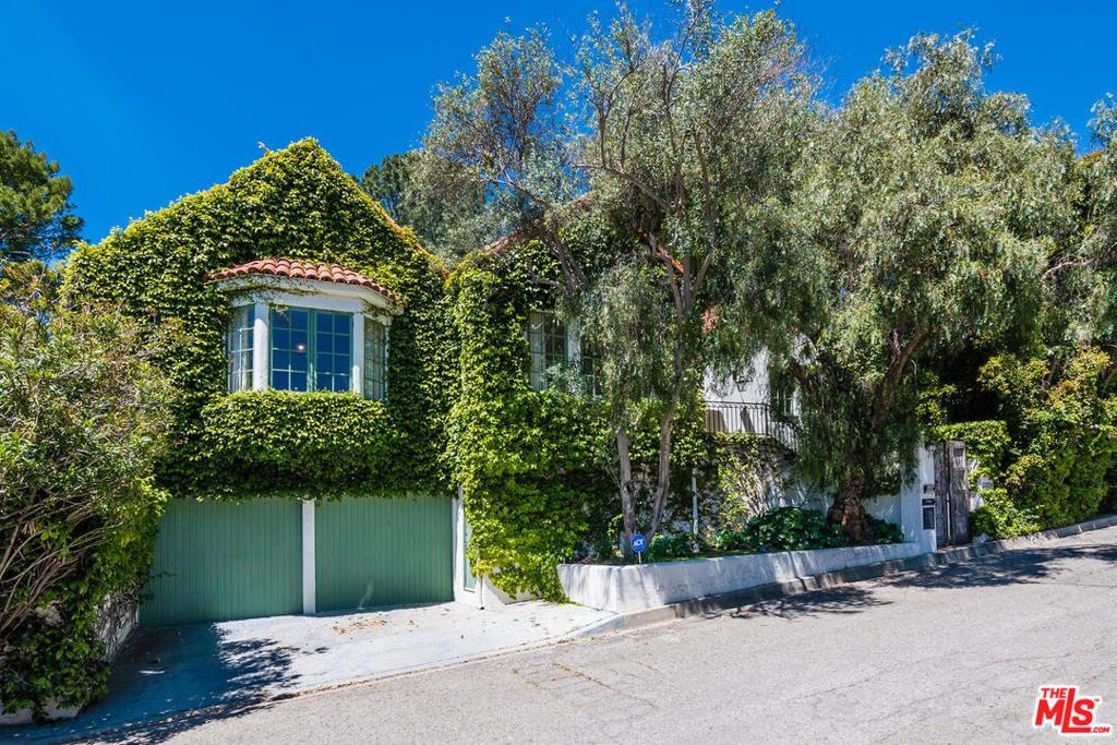 2859 Westbrook Avenue #  Los Angeles CA 90046