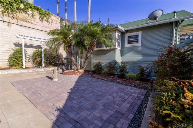 2339 Brant St, San Diego CA: http://media.crmls.org/mediaz/4ABDB2F2-A9DC-4C59-B373-D01D4F676B26.jpg