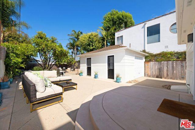2643 33rd St, Santa Monica, CA 90405 photo 4
