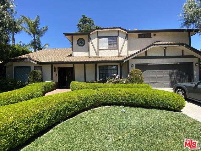 Photo of 17043 ADDISON Street, Encino, CA 91316
