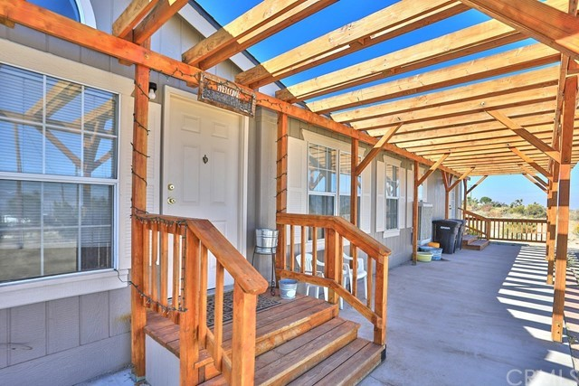 10276 Crystal Aire Road,Pinon Hills,CA 92372, USA