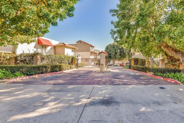 Detail Gallery Image 1 of 1 For 855 Cinnamon Ln #12,  Duarte,  CA 91010 - 2 Beds | 1 Baths