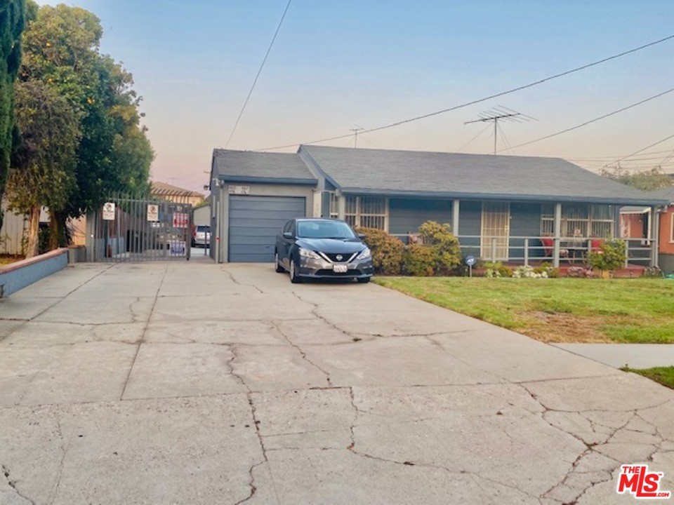 458 Edgewood Street #  Inglewood CA 90302