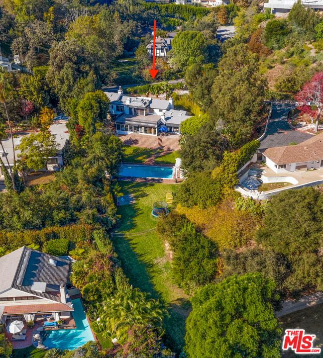 10981 Bellagio Road #  Los Angeles CA 90077