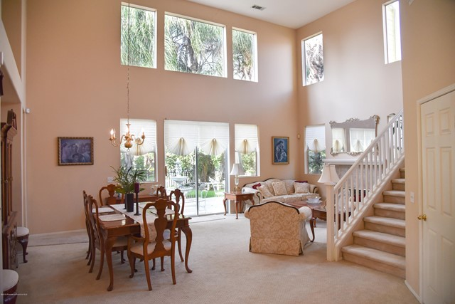 1804 Morning Dove Lane, Redlands CA: http://media.crmls.org/mediaz/4C0924A4-78F5-46CA-9844-40492A16D80B.jpg