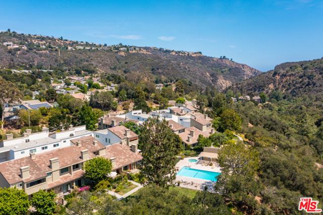 1397 Palisades Dr, Pacific Palisades, CA 90272 photo 30