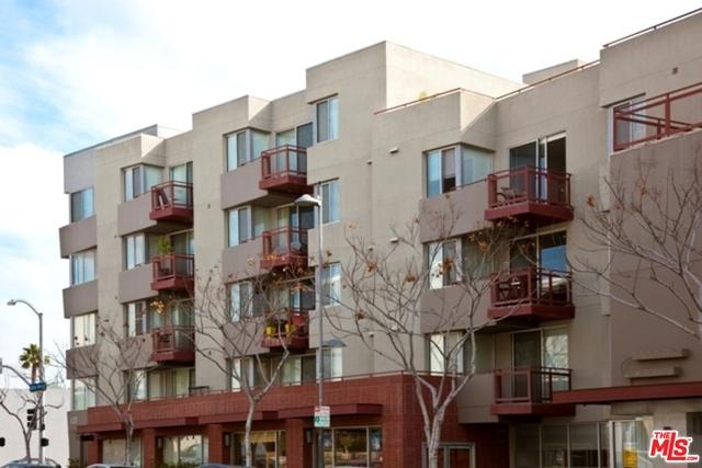 Condominium for Rent at 620 Santa Monica Santa Monica, California 90401 United States