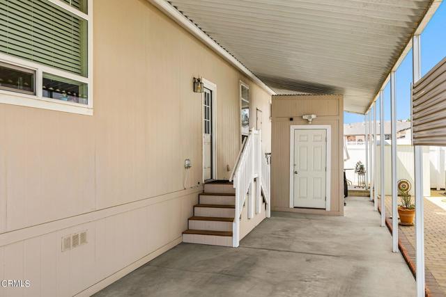 10685 Blackburn Road, Ventura CA: http://media.crmls.org/mediaz/4C75C3F6-F396-40DA-8D7E-B7FEDD30DD94.jpg