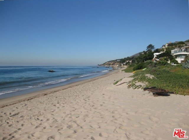 Photo of home for sale at 31671 SEA LEVEL Drive, Malibu CA