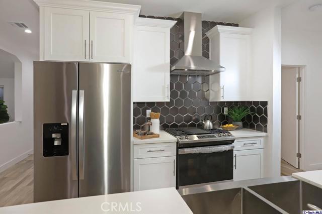 5043 Ramsdell Avenue, La Crescenta CA: http://media.crmls.org/mediaz/4CAB1A50-03E9-4414-B5F7-CCEFD04B0A95.jpg