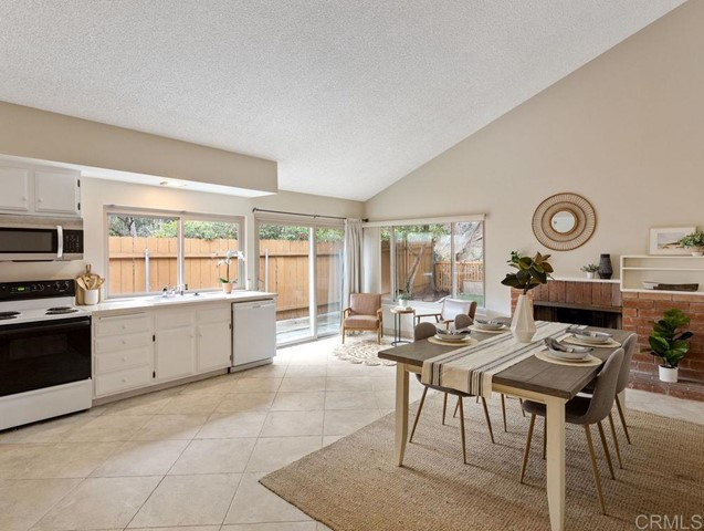 Detail Gallery Image 1 of 1 For 11040 Negley Ave, San Diego,  CA 92131 - 3 Beds | 2 Baths