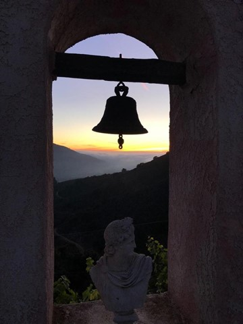 300 Country Club, Carmel Valley CA: http://media.crmls.org/mediaz/4D906050-2024-4C65-91AC-BF806F2D1F4A.jpg