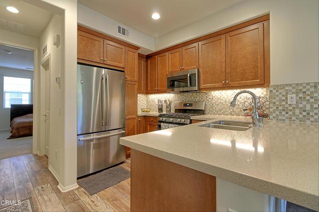 437 Castiano Street, Camarillo CA: http://media.crmls.org/mediaz/4DCA1E2C-B84C-4551-8641-C7DE7FA7C77F.jpg