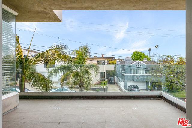 707 Longfellow Ave, Hermosa Beach, CA 90254 photo 4