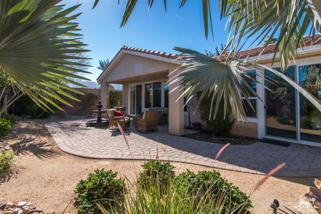 60328 Desert Shadows Drive, La Quinta CA: http://media.crmls.org/mediaz/4E56F49D-C190-44D8-8915-3BC3706D40DC.jpg