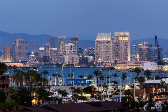 1006 Evergreen, San Diego CA: http://media.crmls.org/mediaz/4E5F914D-8DF9-4BCC-B8B5-51DD005DDE8D.jpg