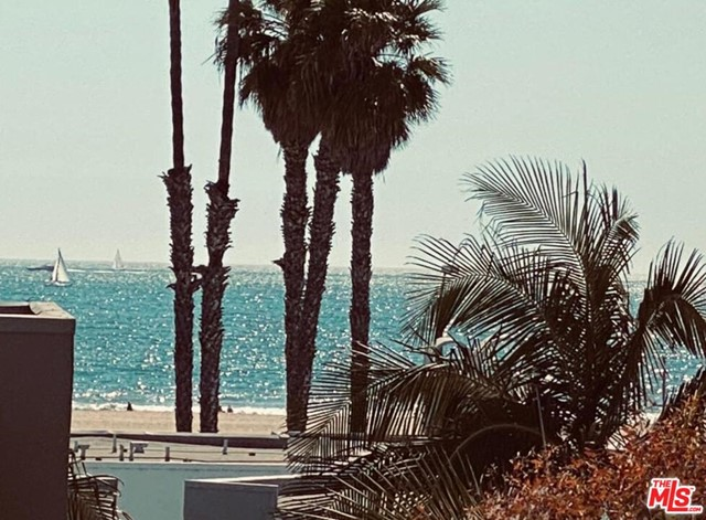 2940 Neilson Way 302, Santa Monica, CA 90405 photo 3