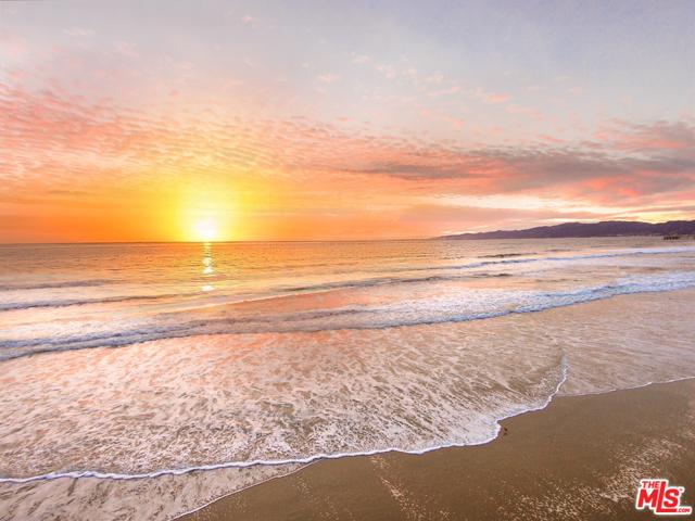 4819 OCEAN FRONT Wk, Marina del Rey, CA 90292