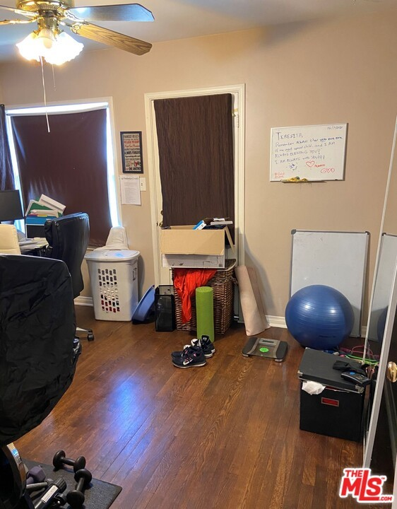 28 E Newman Avenue, Arcadia CA: http://media.crmls.org/mediaz/4F10EFD3-7423-4506-A334-D7174A06D5AC.jpg