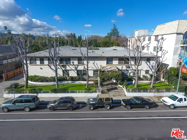 Single Family for Sale at 4427 Woodman Avenue Sherman Oaks, California 91423 United States