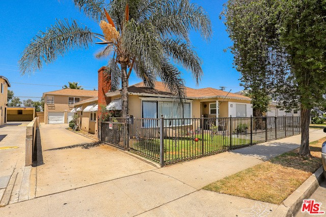237 7TH Street, Montebello, California 90640, ,Residential Income,For Sale,7TH,19500588