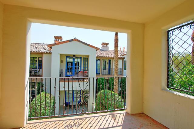 48568 Legacy, La Quinta CA: http://media.crmls.org/mediaz/4F7F864E-9877-4DF9-8B1E-EE2322B78537.jpg