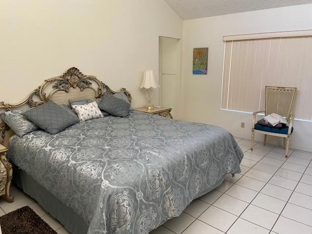 67897 Lakeland Drive, Cathedral City CA: http://media.crmls.org/mediaz/4F975AE0-6387-41E6-8909-49B707A6E9F3.jpg