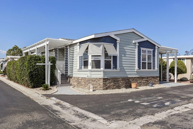 Photo of home for sale at 181 Gay Drive, Ventura CA