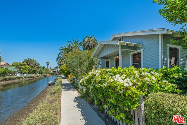412 Howland Canal, Venice, CA 90291 photo 11